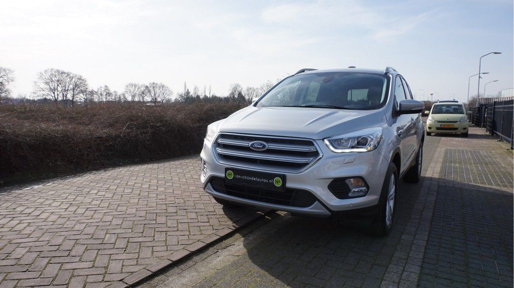 Ford Kuga 1.5 ECOBOOST 150PK TITANIUM NWE STAAT AUG 2019 ELECTR.T