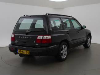 Subaru Forester 2.0 AWD 177 PK AUT. 4WD *YOUNGTIMER* + AIRCO / 18
